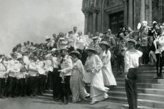 06_Император Николай II на торжественном освящении собора.