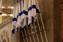14_Андреевские флаги внутри собора.