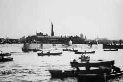 03) Подводная лодка «Акула» после спуска на воду. 22 августа 1909 г.