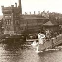 "02) Спуск на воду ПЛ ""Акула"", 1909 год."