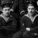 """3. Фрагмент снимка экипажа подводной лодки """"Акула"""", осень 1914 г."""