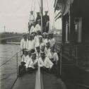 "Фото 1. Экипаж ПЛ ""Акула"" и контр-адмирал П.П. Левицкий, 1912 год."